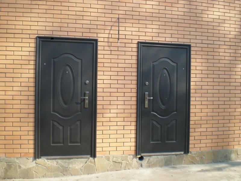 Порожек у входной двери в квартиру Но у нас музыкальная пьеса когда воспитательница детского сада не дала Коленьке купить дешевую железную дверь с установкой роль в новогоднем спектакле