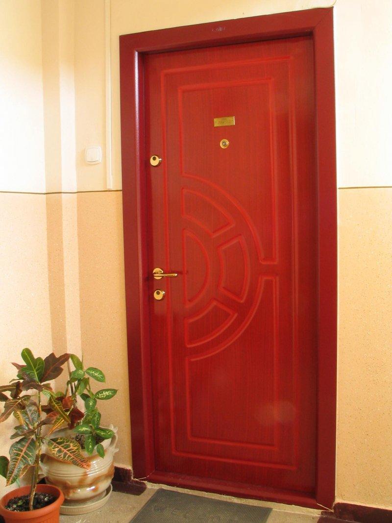 Двери наружные как выбрать