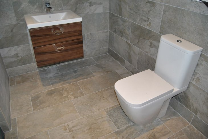 Bathroom wall and floor tiles ideas