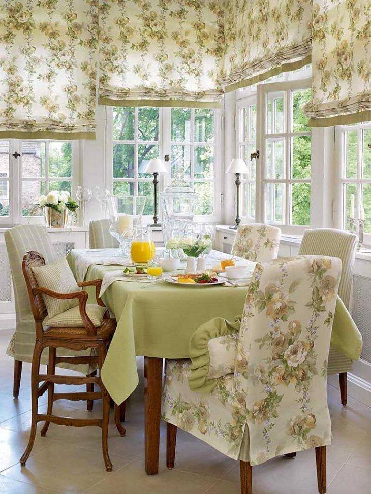 Интерьер кухни текстиль шторы