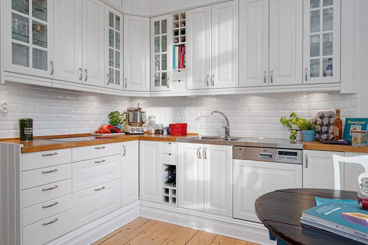 красивые кухни +в квартирах дизайнvv