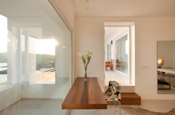 дизайн узкого балкона в квартирем