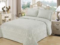 Как выбрать покрывало на кровать в спальню — фото наиболее современного текстиля