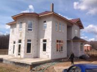 Дом из газоблока — типовые проекты, идеи применения материала и технология строительства газоблочных конструкций