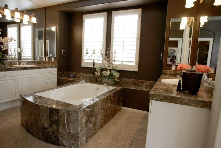 мраморная ванная